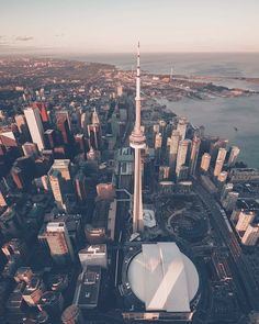 Toronto Toronto Skyline, Downtown Toronto, Moving To Canada, Canada Travel, Toronto Ontario Canada, City Aesthetic, Toronto Life, World Images, World Cities