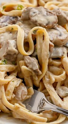 Comfort food at its best! Pasta, white wine, creamy sauce also known as Creamy Beef and Mushroom Stroganoff ready and on the table in less than 20 minutes! Beef Dishes, Pasta Dishes, Food Dishes, Main Dishes, I Love Food, Good Food, Yummy Food, Meat Recipes, Dinner Recipes