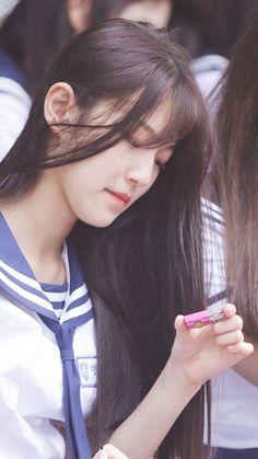 Sketch Poses, Chara, Girl Crushes, Sunshine, Idol, Korea, Pearl Earrings, School, Girls