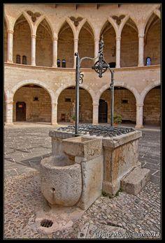 Mallorca Castell de Bellver La cisterna, Balears  Spain