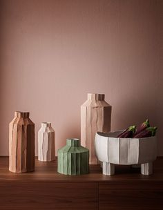 Lucy Feagins shares ten selections from the Maison and Objet fair. Slab Pottery, Ceramic Pottery, Pottery Art, Thrown Pottery, Pottery Wheel, Keramik Design, Ceramic Clay, Ceramic Bowls, Handmade Pottery