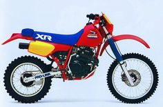 Honda XR 350R (1985) Enduro Vintage, Vintage Bikes, Vintage Motorcycles, Honda Bikes, Honda Motorcycles, Honda Cb, Honda Powersports, Old School Motorcycles, Engin