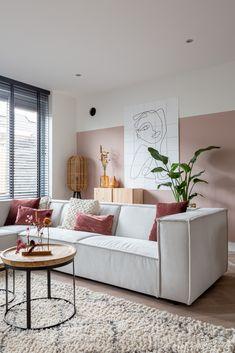 Home Living Room, Interior Design Living Room, Living Room Decor, Interior Decorating, Bedroom Decor, Design Interiors, Pastel Living Room, Colourful Living Room, Living Room Colors
