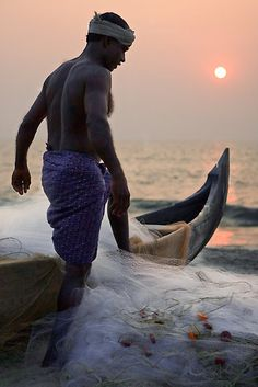 This photo from Kerala, South is titled 'Secret Beach fisherman'. We Are The World, People Around The World, Around The Worlds, Kerala India, South India, India Asia, Bali, Maldives, Namaste
