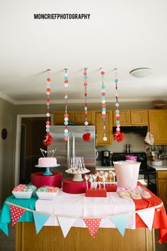 An adorable hello kitty birthday party tablescape for a cute little girl