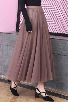 Expansion Plain Mesh Sweet Women's Maxi Skirt - fashion world Long Skirt Fashion, Maxi Skirt Style, Long Skirt Outfits, Modest Outfits, Dress Skirt, Modest Clothing, Long Skirts, Pleated Skirt, Womens Maxi Skirts