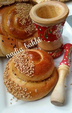 pains farcis - la cuisine de nadia bakhi Chickpea Salad, Fresh Bread, Beignets, Enchiladas, Doughnut, Pains, Homemade, Cooking, Food