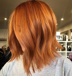 Hairstyles for Ginger Hair 2019 - Page 3 of 7 - Vida Joven Copper Blonde Hair Color, Ginger Hair Color, Copper Hair, Lob Hairstyle, Twist Hairstyles, Cool Hairstyles, Party Hairstyles, Wedding Hairstyles, Medium Hair Styles