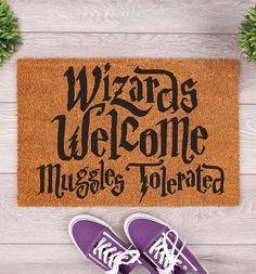 TruffleShuffle Wizards Welcome Muggles Tolerated Door Mat Welcome Signs Front Door, Front Door Mats, Door Signs, Manteau Harry Potter, Star Wars Yoda, Moomin House, Magical Home, Slogan Design, Harry Potter Merchandise