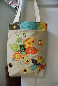 Free Bag Pattern and Tutorial - Applique Tote Bag