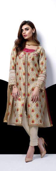 Pakistani fashion designer Sania Maskatiya has freshly launched Eid-ul-Adha Collection Latest Pakistani Fashion, Pakistani Outfits, Bollywood Fashion, Fashion 2017, Women's Fashion Dresses, Womens Fashion, Fashion Trends, Eid Dresses For Girl, Bridal Dresses