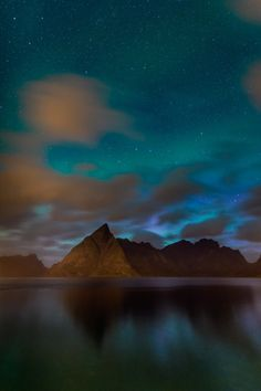 llbwwb:   Color of Night by Michael Blanchette