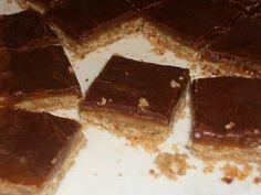 Gluten Free Caramel Pecan Turtle Bars!