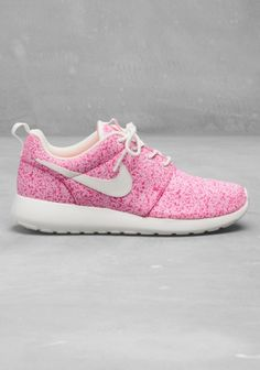 Nike Roshe Run | Pink | Other Stories