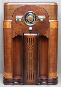 Old Radios And On Pinterest Radios Antique Radio And