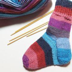 Babysocken stricken – Strickanleitung für Anfänger