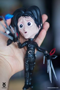 Edward Scissorhands Private commission art toy This has been sculpted in ZBrush and Marvelous Designer printed on an SLA printer the MOAI by Peopoly Hand painted using Mr. Zbrush, Handicraft, Sculpting, Pop Culture, Princess Zelda, Hand Painted, Artwork, Prints, Anime