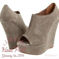 """HPSteve Madden WHISTTLE Tan suede Steve Madden Whisttle size 10.                       5"""" heel/ 2"""" platform. Worn only a few times (they're too high for me! ). Great condition - no marks or scuffs on the suede. 10% off bundles!  Steve Madden Shoes Wedges"""