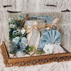 Creative Wedding Gifts, Rustic Wedding Gifts, Wedding Gift Boxes, Diy Wedding Backdrop, Diy Wedding Decorations, Car Themed Wedding, Flower Box Gift, Art N Craft, Wedding Bouquets