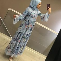 Pakistani Fashion Party Wear, Indian Fashion Dresses, African Dresses For Women, Dress Shirts For Women, Abaya Fashion, Muslim Fashion, Clothes For Women, New Designer Dresses, Stylish Dresses For Girls