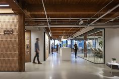 https://officesnapshots.com/2017/05/31/partners-design-offices-chicago/?utm_source=Office Snapshots Weekly Newsletter