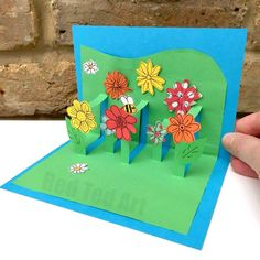 Adorable DIY Pop Up Flower Garden Mother's Day Card via Red Ted Art - What a fun kids paper craft gift to make for Grandma or Mommy this year! The BEST Easy DIY Mother's Day Gifts and Treats Ideas - Holiday Craft Activity Projects, Free Printables and Favorite Brunch Desserts Recipes for Moms and Grandmas