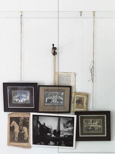 I love this method of hanging frames/pictures. Hanging Frames, Hanging Pictures, Hanging Art, Wall Pictures, Inspiration Wall, Interior Inspiration, 2 Kind, Wall Decor, Wall Art