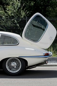 Jaguar E-type 2 plus 2