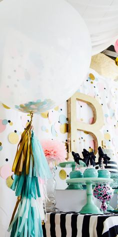Cue the Confetti Party, sequins, stripes, glitter, tassels, gold, confetti balloon, confetti backdrop # 5