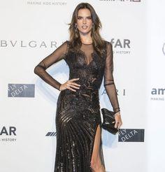 Alessandra Ambrosio en robe de soirée Versace