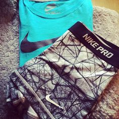 ♥♥ Grey and black nike pros and aqua nike tshirt