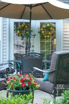 Decorating Outdoor Living Spaces