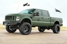 Ford F250.. military green