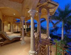 VILLA TOSCANA | LUXURY HOMES