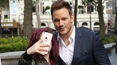 Chris Pratt joins the growing list of celebs who refuse to take selfies with fans!