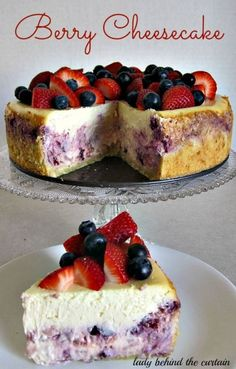 This Cheesecake could be called the Red, White and Blue Cheesecake. A perfect addition to your of July table. Cheesecake is my favorite dessert next to chocolate so when I saw this recipe with it's cookie like crust and the creamy filling I knew I had No Bake Desserts, Just Desserts, Delicious Desserts, Dessert Recipes, Yummy Food, Dessert Original, Kolaci I Torte, Savoury Cake, Cheesecake Recipes