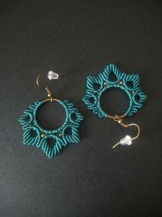 Macrame Earrings Tutorial, Earring Tutorial, Macrame Necklace, Macrame Bracelets, Crochet Earrings, Loom Bracelets, Bracelet Tutorial, Bracelet Friendship, Chevron Friendship Bracelets