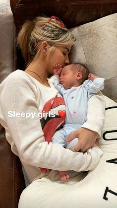 Country Music Artists, Country Singers, Kane Brown Music, Sleepy Girl, Brown Wallpaper, Brown Babies, Future Mom, Baby Outfits Newborn, Music Love