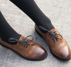 30 Different Designs of Brogues Shoes for Men and Women
