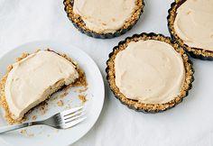 Mini Peanut Butter Pie w/ Chocolate Covered Pretzel Crust