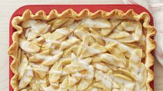 Single serve versions of apple pie make it easier to serve and eat, and perfect to tuck in a lunchbox or feature on a dessert tray. This new twist on a classic recipe is easy to prepare with Pillsbury refrigerated pie crust. Apple Pie Recipes, Tart Recipes, Apple Pie Cake, Mini Apple Pies, Berry Tart, Slab Pie, Pastry Blender, Fresh Apples, Peanut Butter Banana