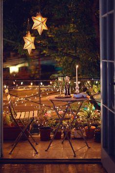 Simple lighting ideas for beautifying your backyard, … – Balkon Deko Ideen – Balcony Narrow Balcony, Small Balcony Design, Tiny Balcony, Balcony Garden, Balcony Ideas, Small Balconies, Small Terrace, Outdoor Balcony, Small Patio