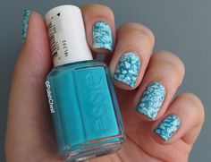 Water Spotted Manicure - ESSIE I'm Addicted & Hide and Go Chic