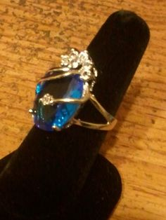 'size 7  Sky- blue Zircon Silver Crystal Ring' is going up for auction at  5:34pm Wed, Sep 12 with a starting bid of $8.