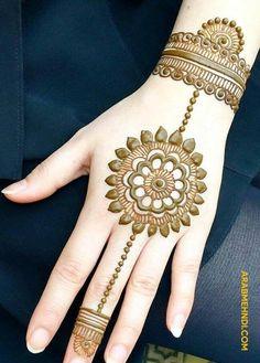 Mehandi mehndi simple mehndi designs, henna designs и bridal Easy Mehndi Designs, Round Mehndi Design, Mehndi Designs Finger, Back Hand Mehndi Designs, Indian Mehndi Designs, Mehndi Designs For Beginners, Mehndi Design Pictures, Mehndi Designs For Fingers, New Bridal Mehndi Designs
