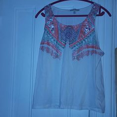 Aztec print tank Aztec print tank. Fits true to size in great condition only worn once. Forever 21 Tops Tank Tops