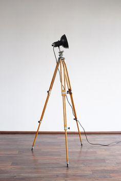 Tripod lamp - Renové