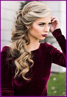 New Christmas Hair Style For Medium Hair Without Makeup //  #Christmas #Hair #makeup #Medium #Style #without
