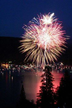 Fireworks over Bass lake are amazing and a great local event! Bass Lake family traditions for Bass Lake Yosemite, Yosemite Camping, Lakeside Resort, Lake Resort, Bass Lake California, Yosemite National Park, National Parks, On The Road Again