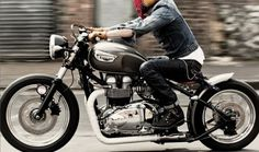Triumph Bonneville bobber style. The whole idea of this picture. Dang!